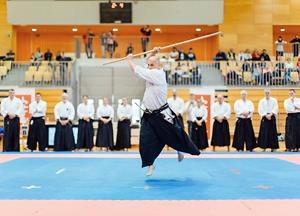 210 karateistov iz 18 klubov